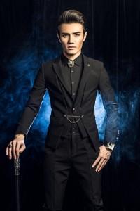 王宏健新专辑《残酷纪念》首发 旋律清新