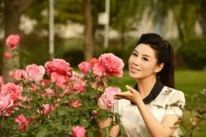 刘晶《你长得像我吗》献礼母亲节 呼吁及时行孝